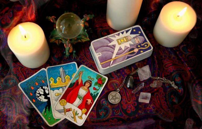 tarocchi e candele