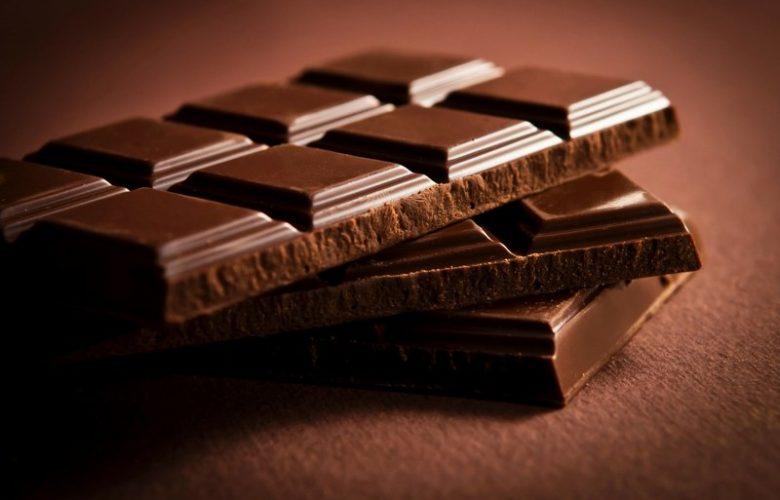 Perché inserire il cioccolato fondente nella dieta_800x520