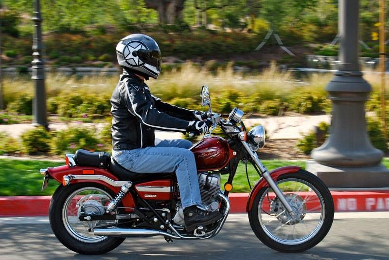 interfono per viaggiare in moto
